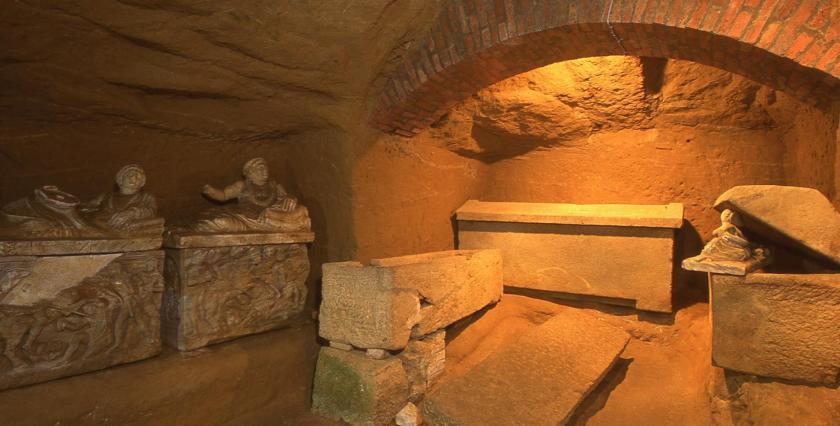 Tomba-della-Pellegrina